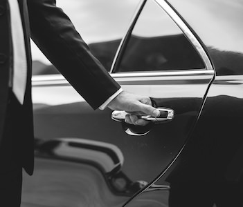Dilmun Limousine Service